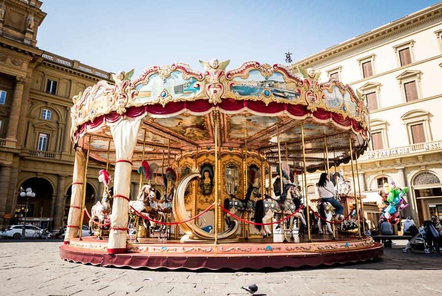 Piazza della repubblica florence carousel