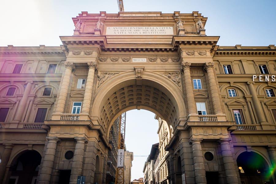Piazza della repubblica florence arcone