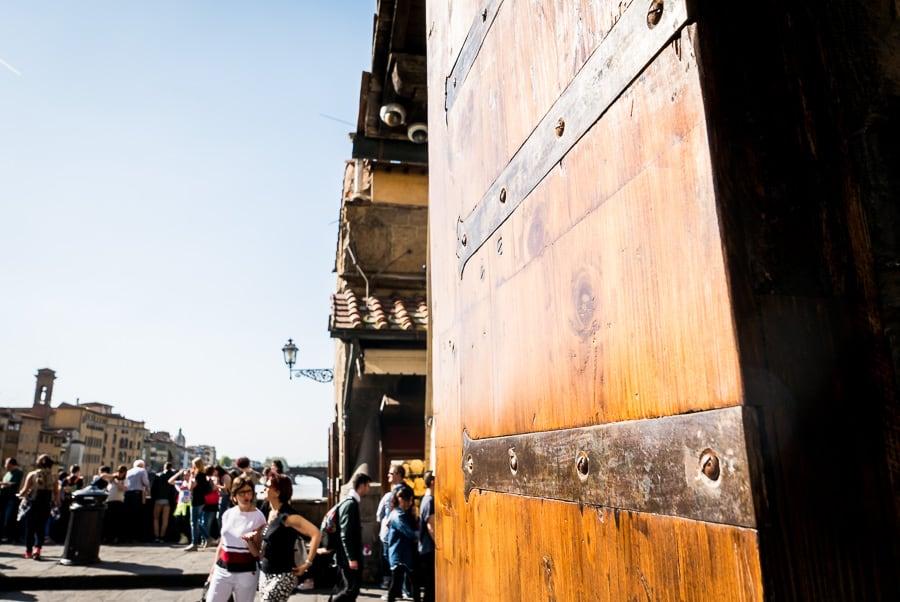Ponte vecchio florence door jewlery