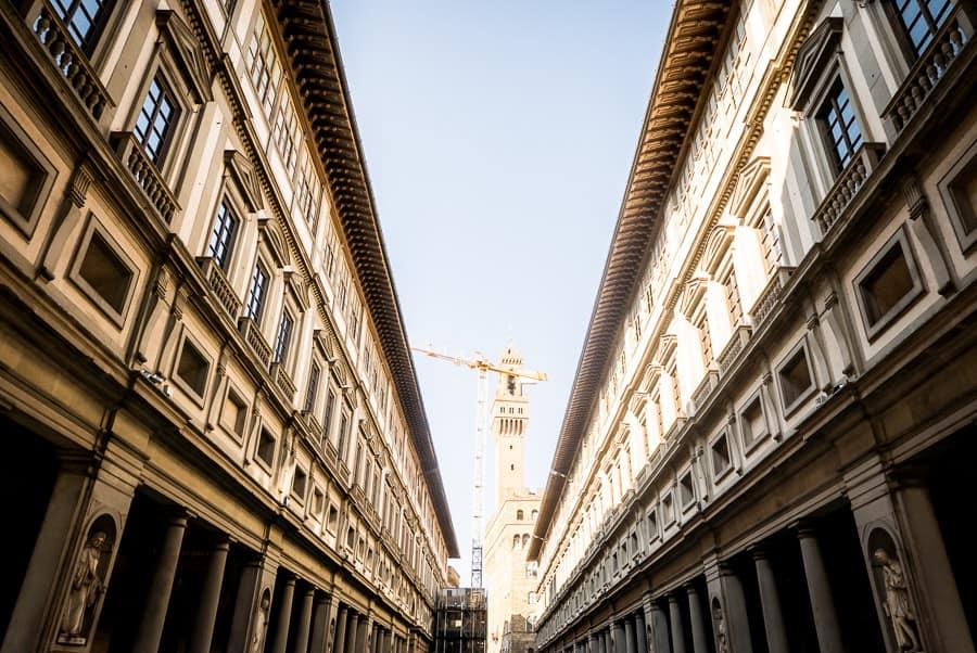 Uffizi gallery museum florence perspective