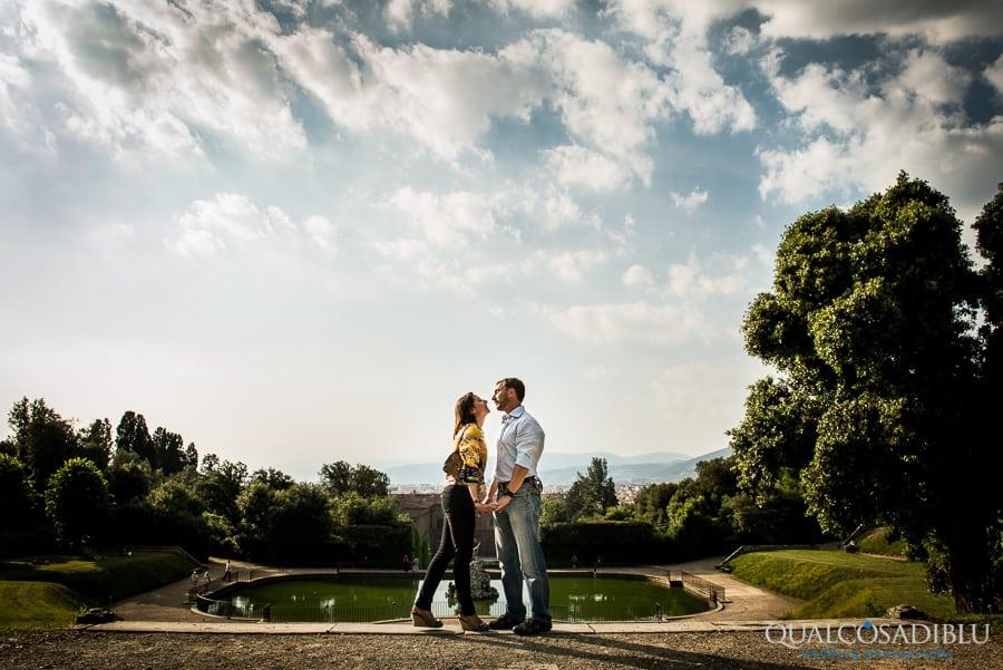 engagement photo boboli garden florence