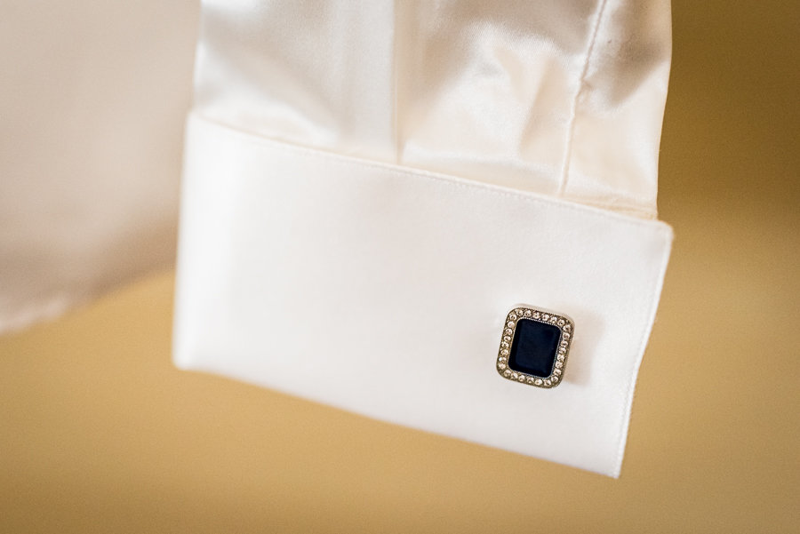 cufflinks detail shirt groom