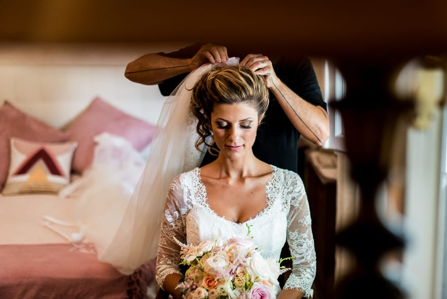 hairdress bride getting ready