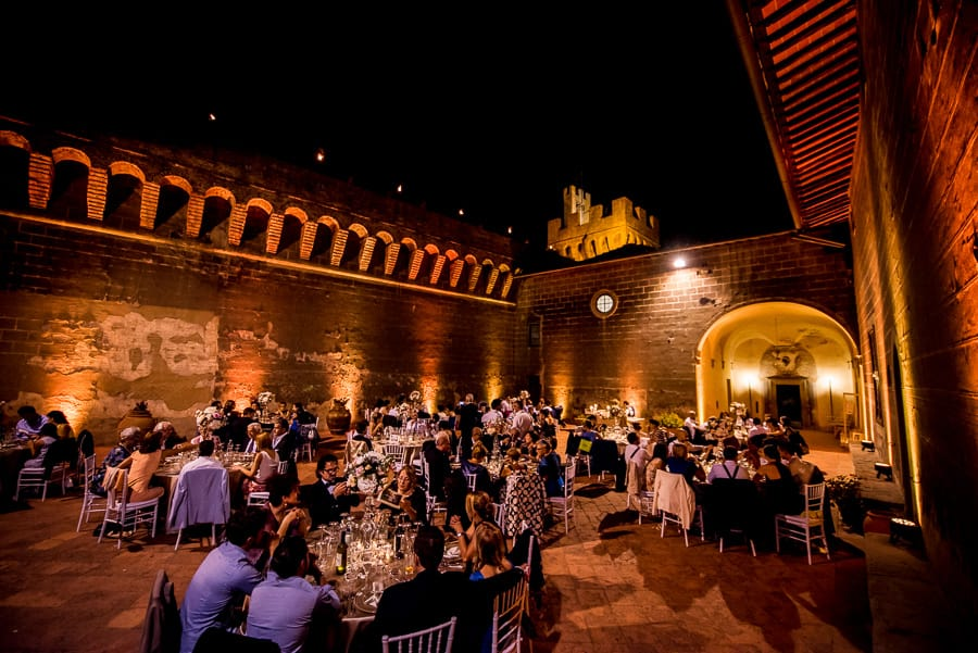 wedding castle oliveto night lights
