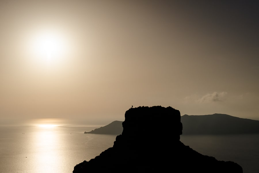skaros rock imerovigli sunset