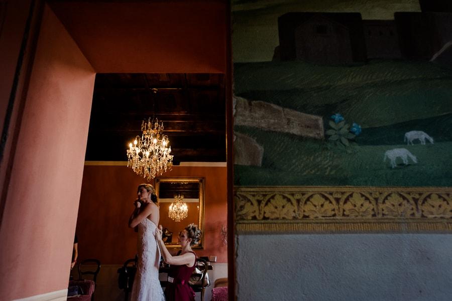 getting ready of the bride Villa il Salicone Pistoia