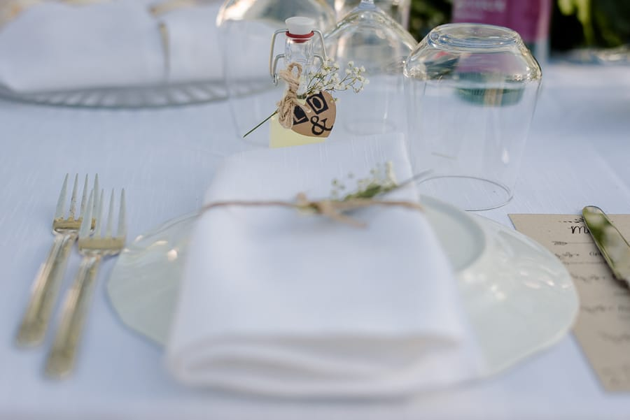 Detail table setting wedding