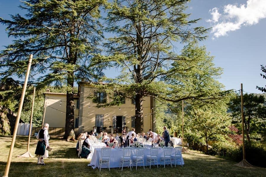 Wedding receipt in the garden of Villa il Salicone Pistoia