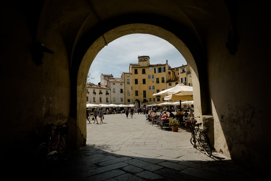 Nice view of Piazza dell'Anfiteatro in Lucca
