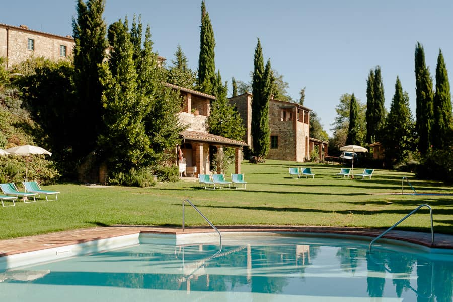 borgo casabianca swimming pool