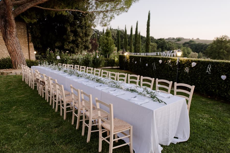 croce di bibbiano wedding table