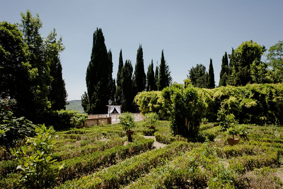 castello di montegufoni italian garden