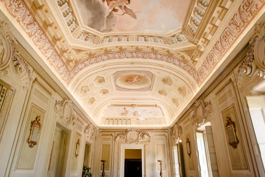 castello di montegufoni galleria room
