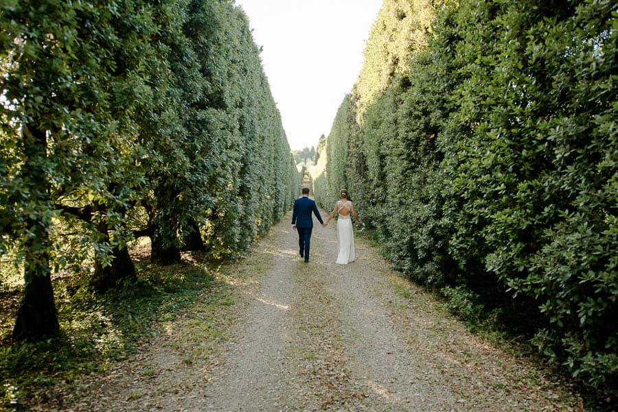 tenuta bichi borghesi wedding couple