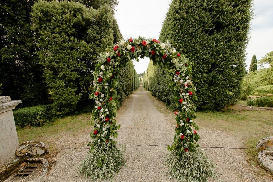 tenuta bichi borghesi wedding flower decorations ceremony