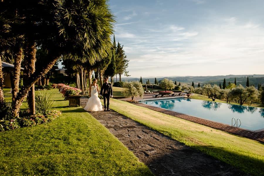 antica fattoria di paterno garden and swimming pool