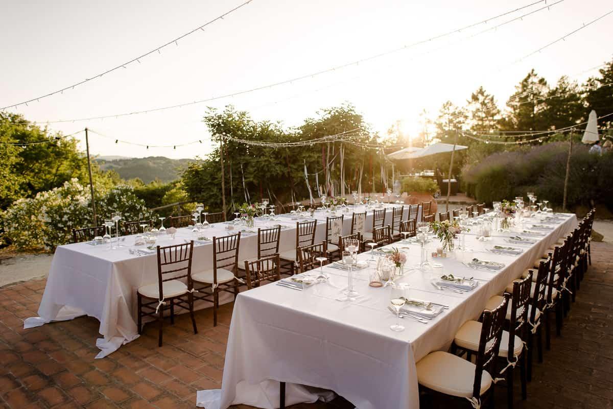 borghetto poggio bianco wedding tables