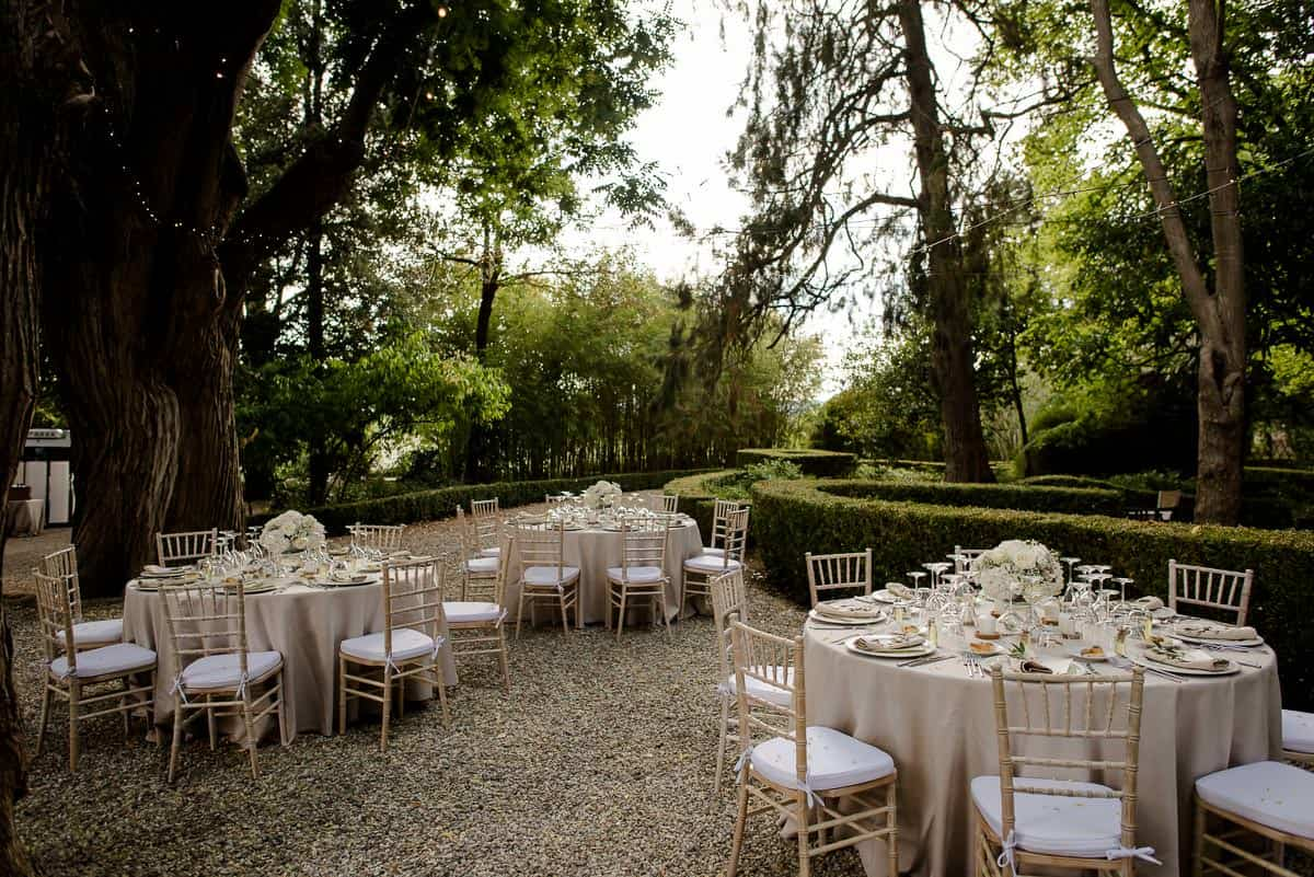 borgo stomennano wedding tables