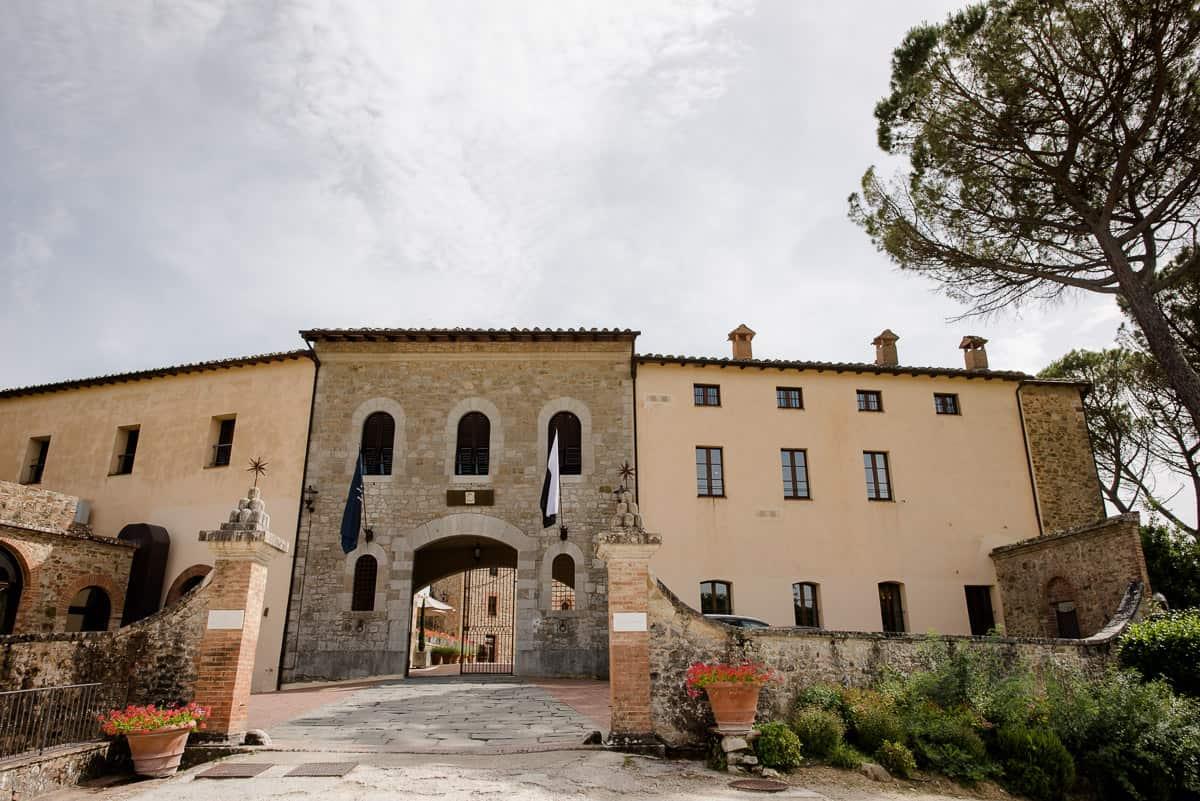 castelmonastero main entrance