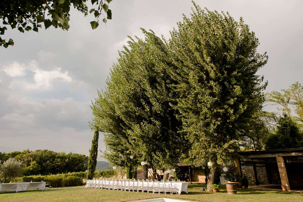 Fattoria di Corsignano garden with wedding table