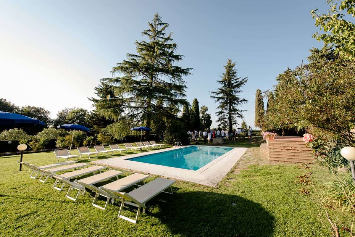Fattoria di Larniano garden and swimming pool