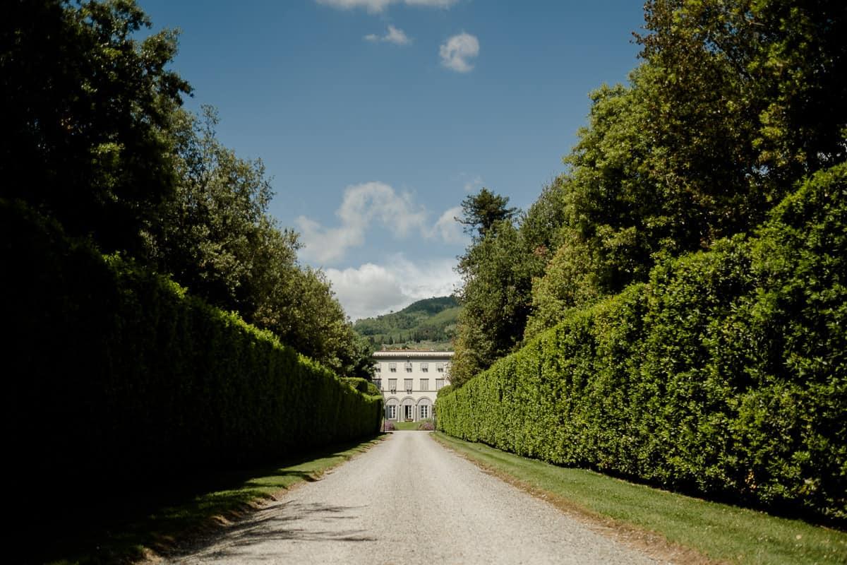 villa grabau main entrance