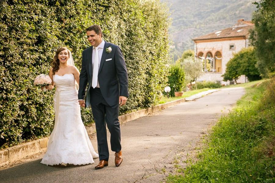 villa rinascimento wedding couple