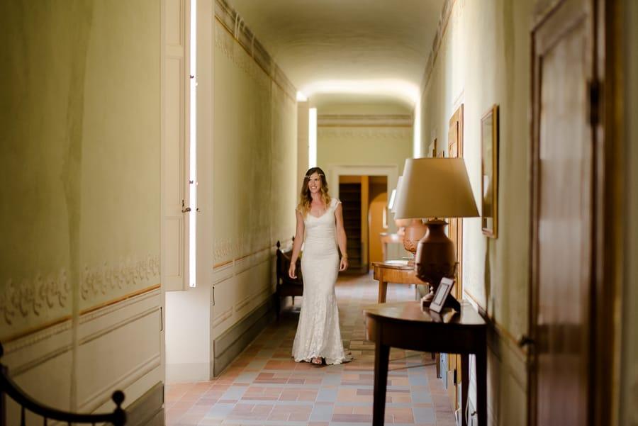 santa maria novella castle bride walking