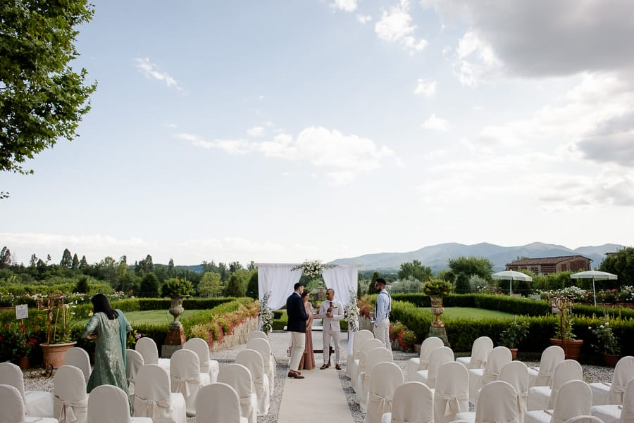 Ceremony spot in Villa Daniela Grossi in Lucca