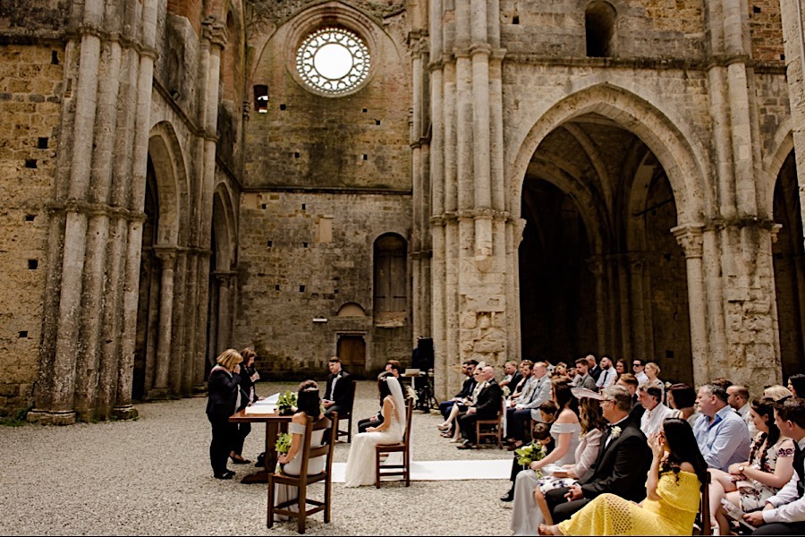 wedding ceremony at san galgano abbey