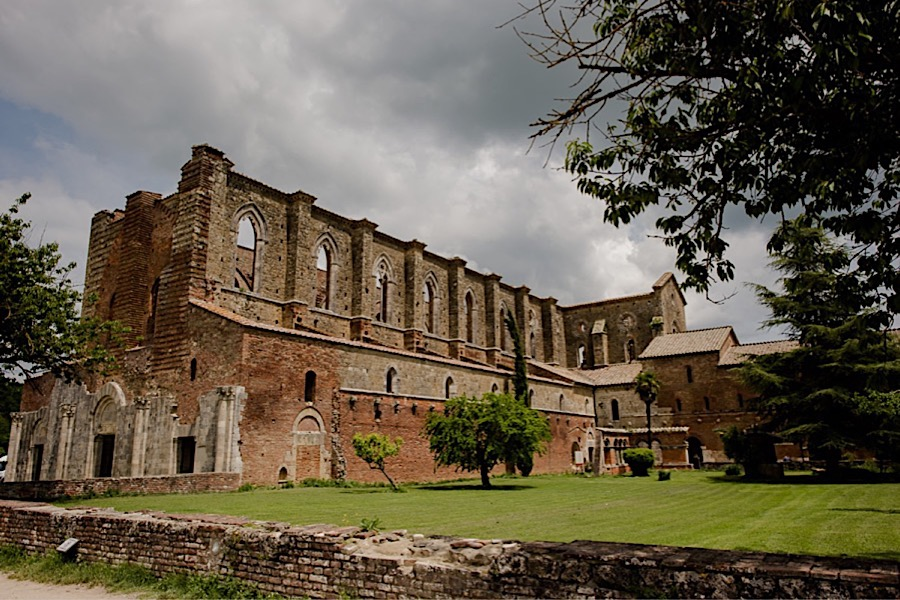 San Galgano abbey view