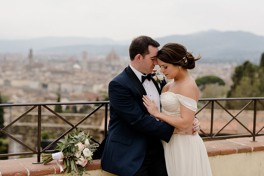 Bride and Groom photo with the view of Florence in the background