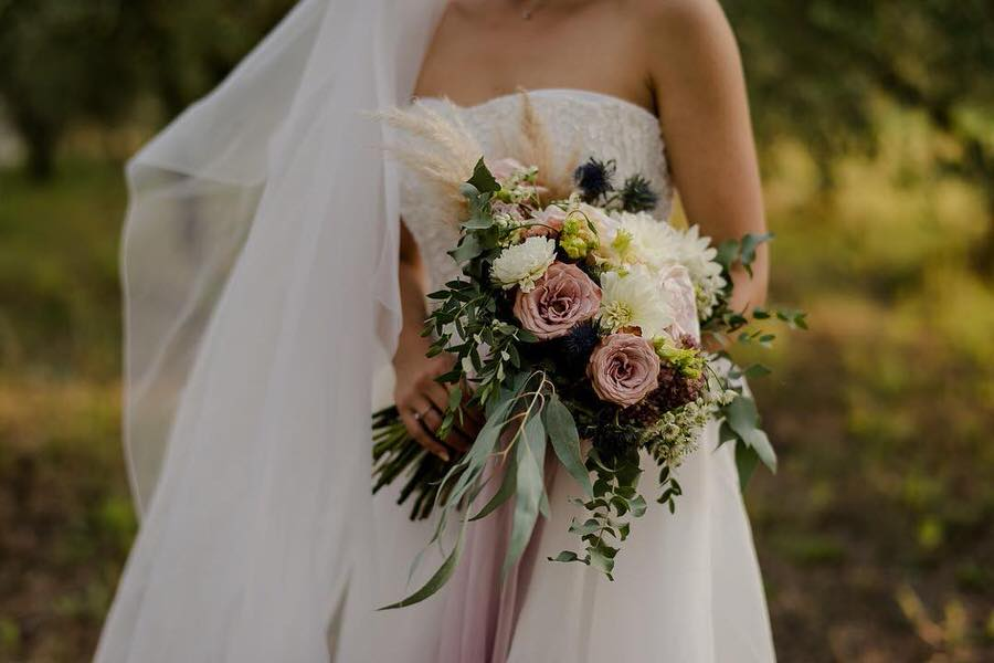 wedding flowers bouquet with rose blush and greenery colors