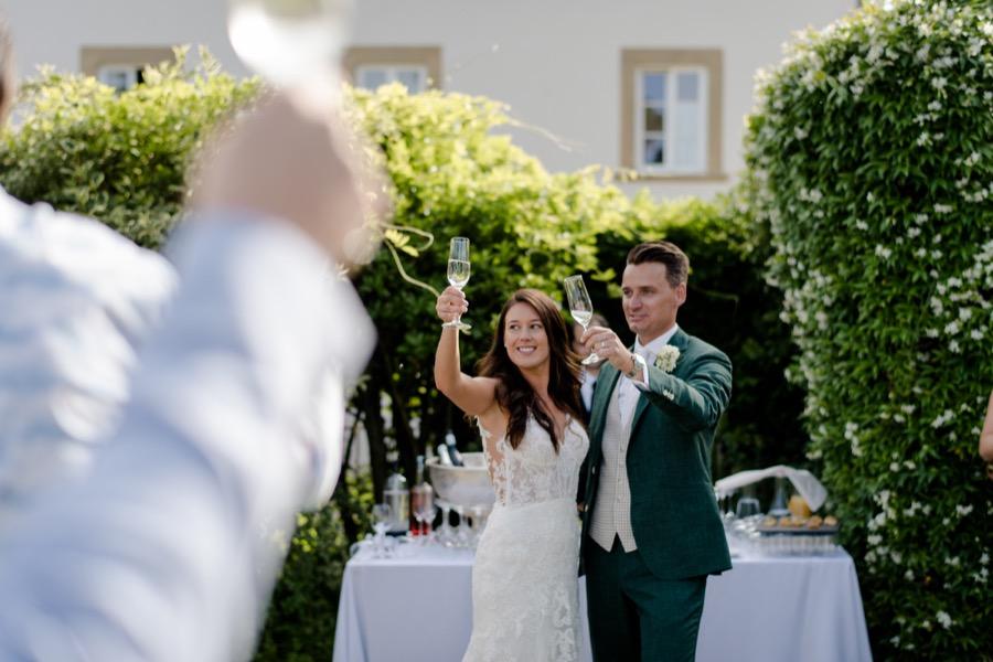 wedding ceremony at Tenuta di Pratello Country Resort toast of the spouses