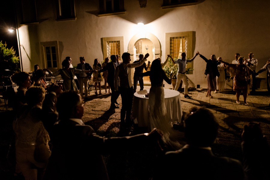 Wedding party at Tenuta di Pratello Country Resort