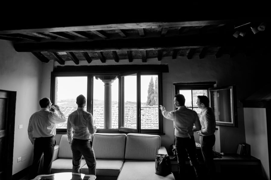 groom and groomsmen black and white photos at Montegufoni castle