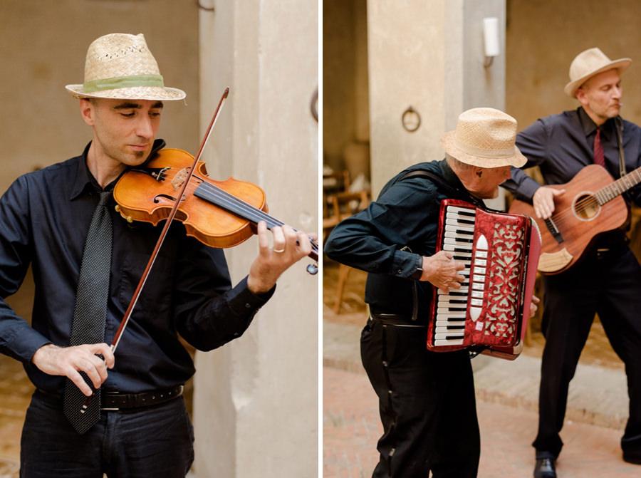 folk trio music playing