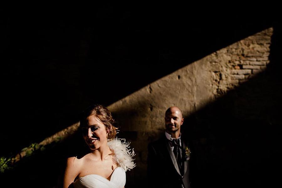 couple portrait using a stripe of light