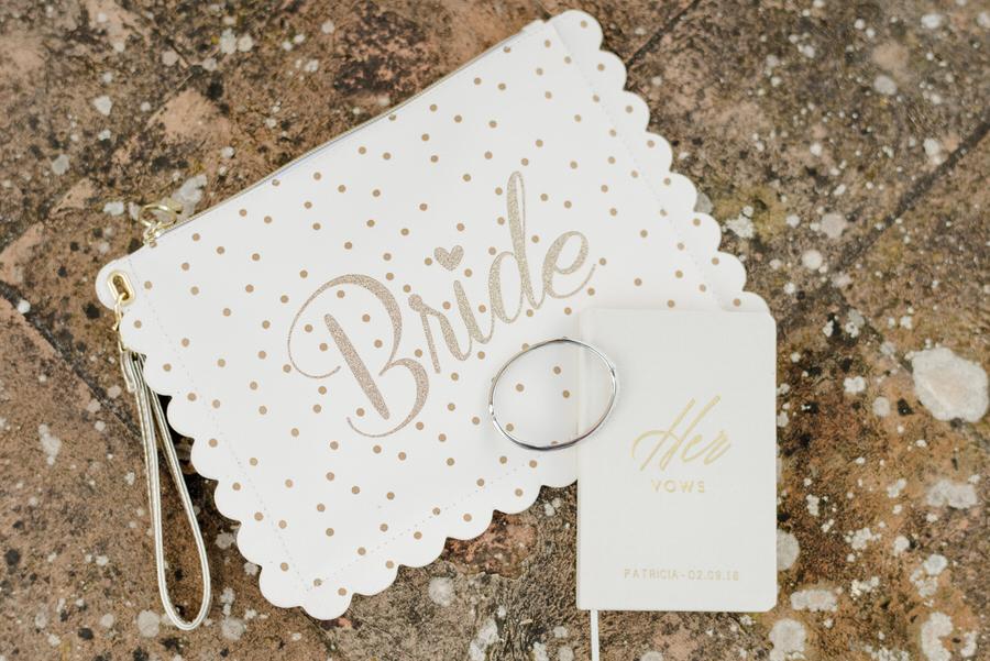 her wedding vows book