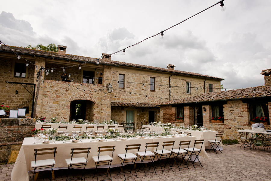 tuscan farmhouse with wedding dinner table setup