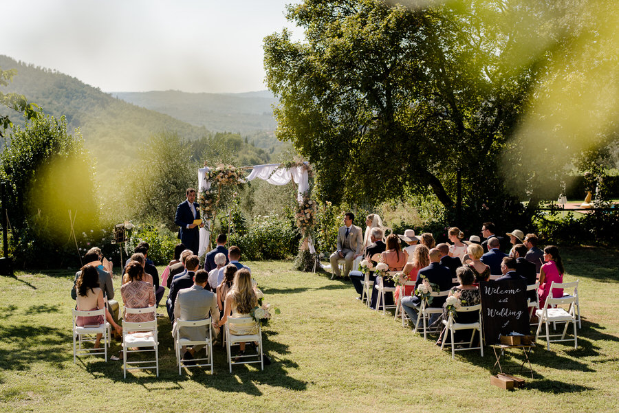 wedding ceremony at Borgo i Vicelli Florence