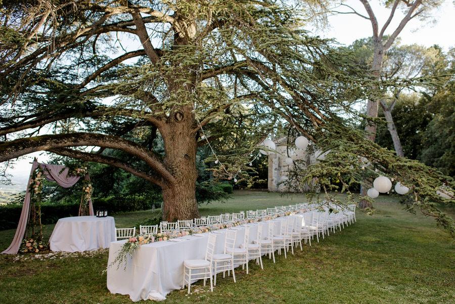 long wedding table at santa maria novella castle in tuscany