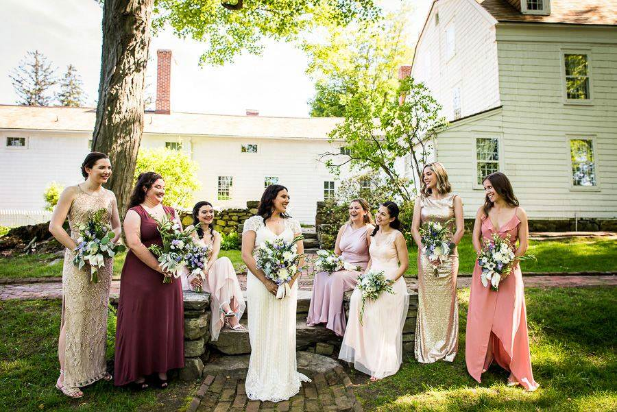 bride and bridesmaids group photo