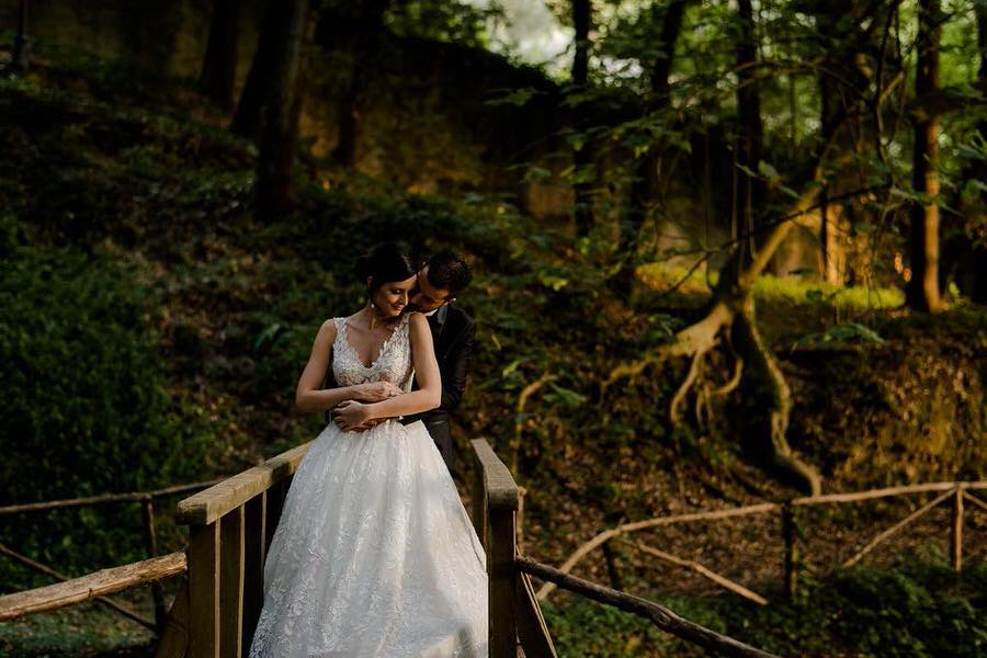 wedding elopement wood tuscany