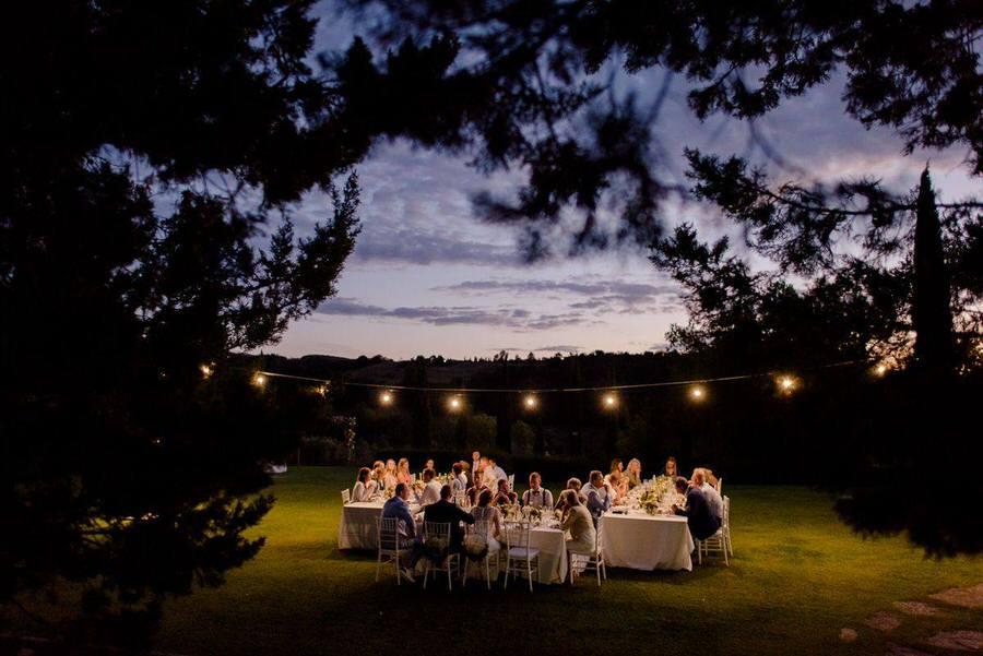 magical wedding dinner alfresco in tuscany